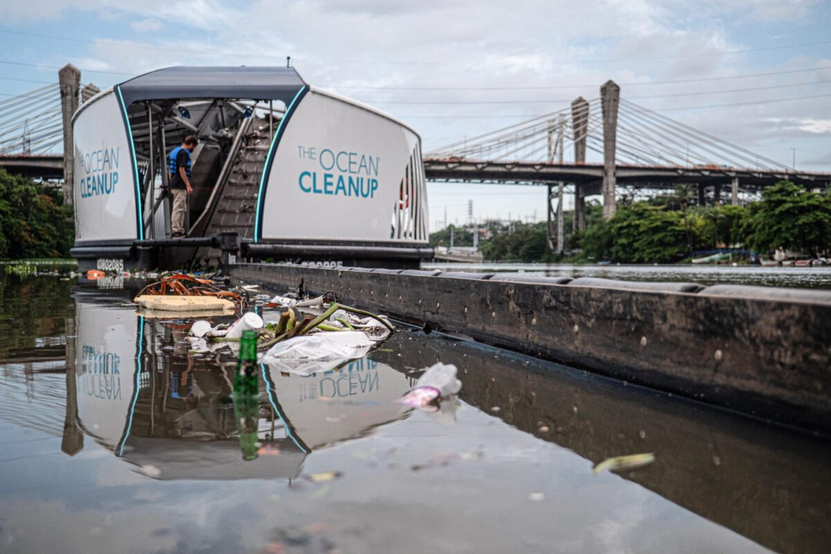 The Ocean Cleanup Cleaning - Be the reason